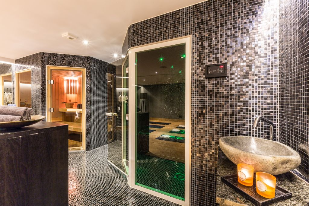 Luxury Chalet Chamonix - Exclusive Spa Facilities